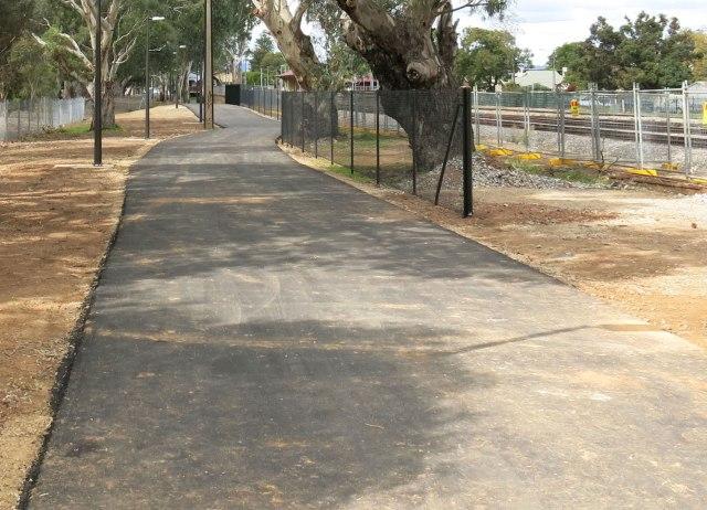 Woodville-pathway-E-4e